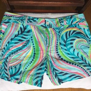 Lilly Pulitzer print shorts size 10
